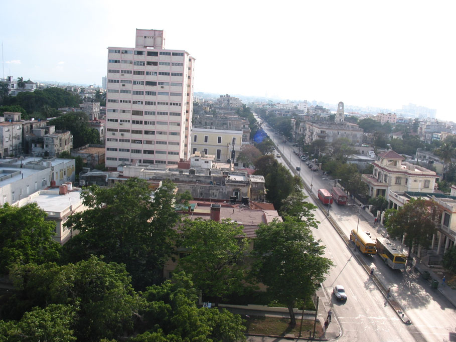 linea_street_havana_other_view