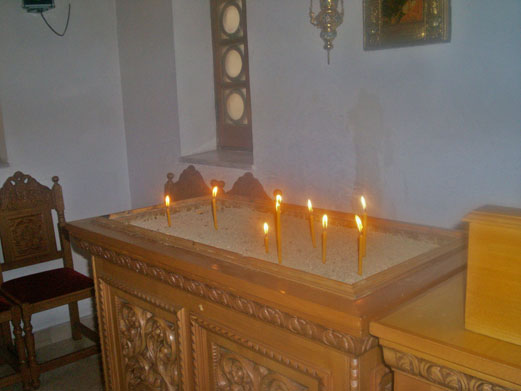 candles_greek_church